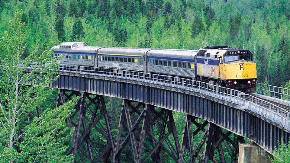مزایای سیستم حمل و نقل ریلی
