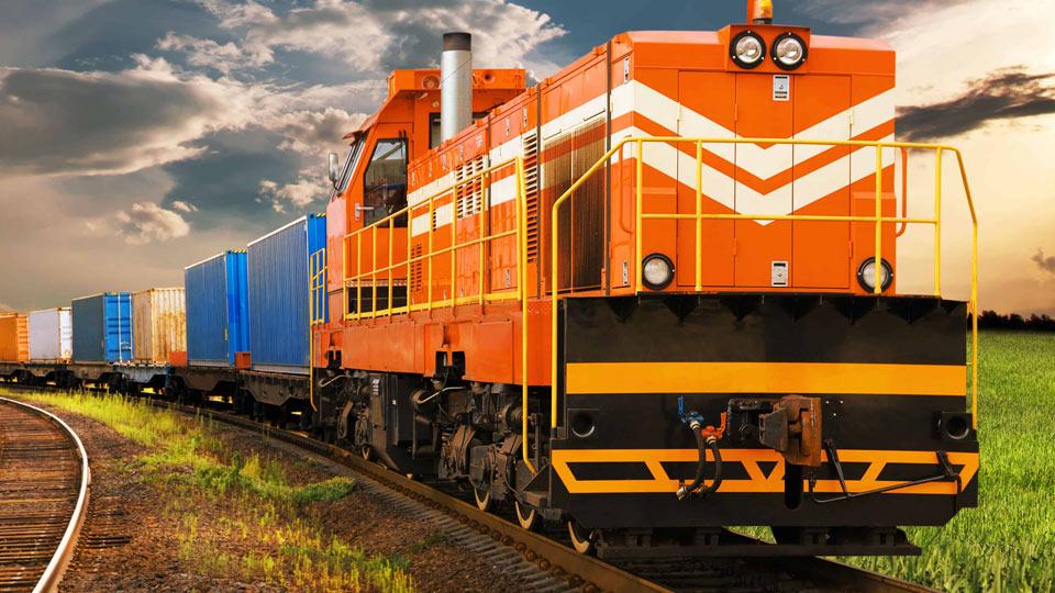 حمل و نقل ریلی با قطار